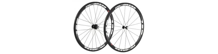 Ruedas para bicicletas disponibles online y en nuestras tiendas de Sabadell y Terrassa